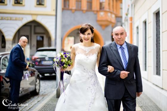 carla-schmidt-fotografie-hochzeit-in-goerlitz-und-tauchritz-im-gut-am-see-4